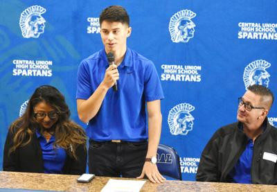 Central's Sullivan to signs with Western Colorado