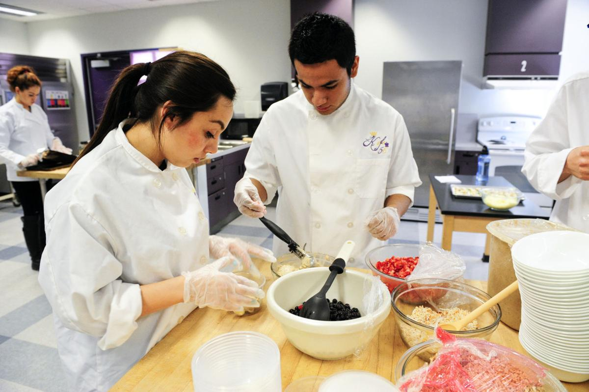 Southwest High School Culinary Arts Class inspired to live healthier thanks to Valley Challenge