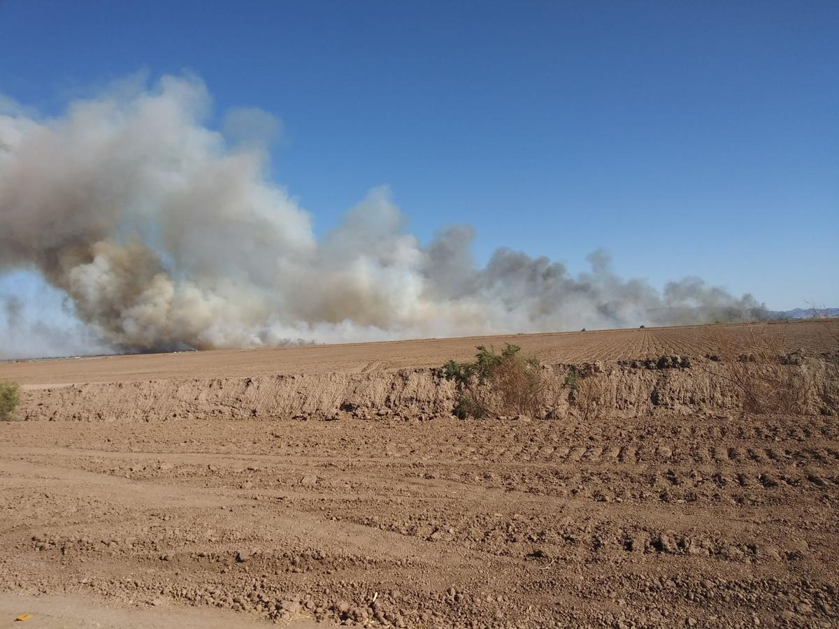 Large fire burns west of Heber
