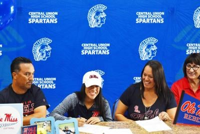 Spartans' Acosta signs with Ole Miss