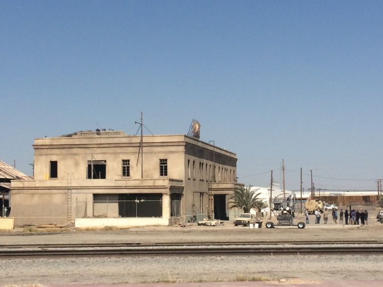 """Bradley Cooper and Clint Eastwood set their sights on El Centro for """"American Sniper"""""""