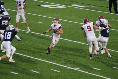 New Holstein football puts up 28 in 2nd quarter to breeze past Roncalli