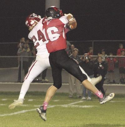 Fumble recoveries lead to 38-8 win for New Holstein over Valders