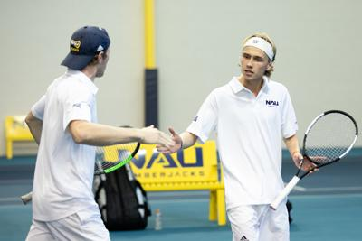 Men's tennis win 5-2 against GCU