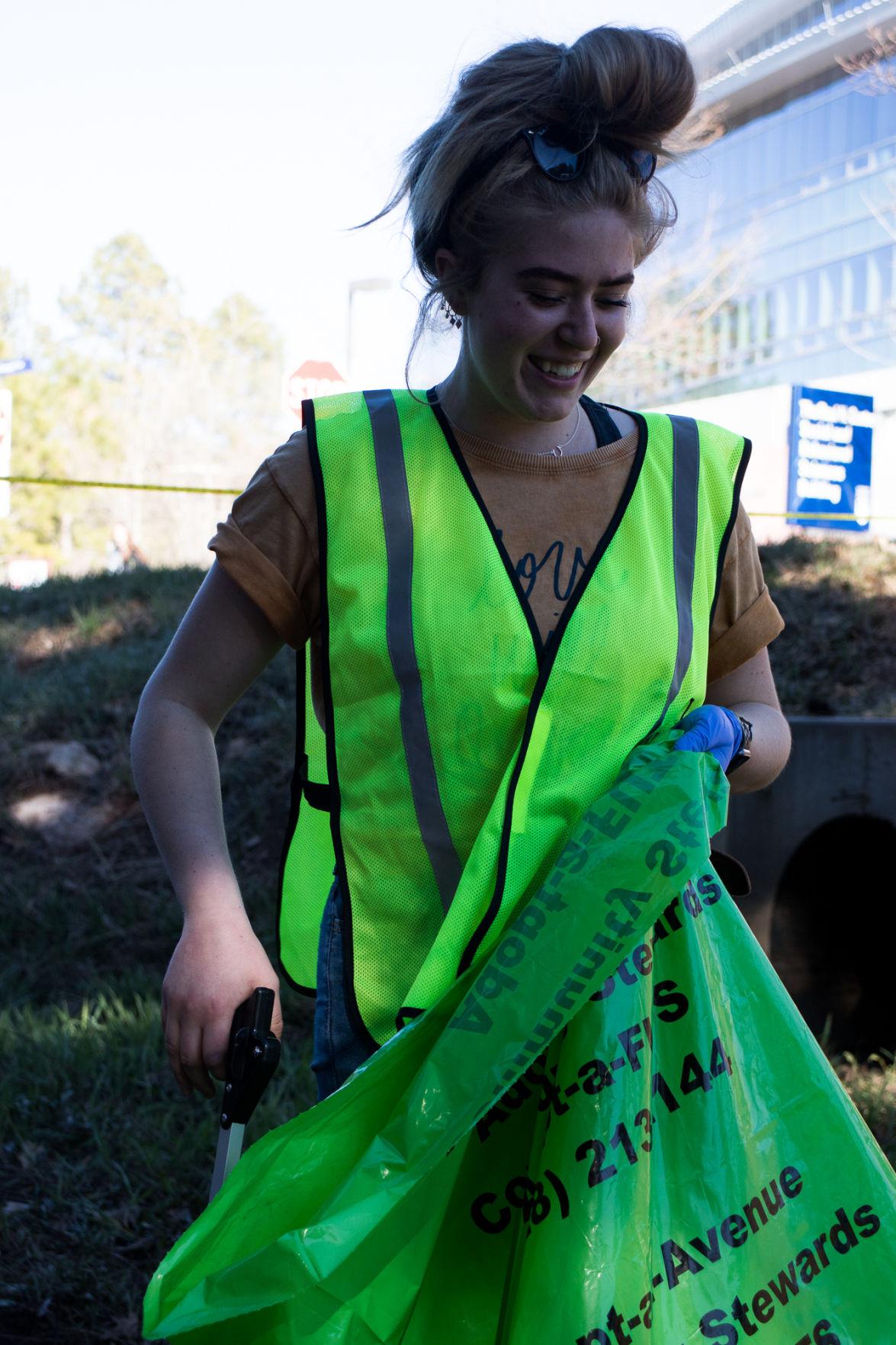 Volunteers clean Sinclair Wash Trail after winter season