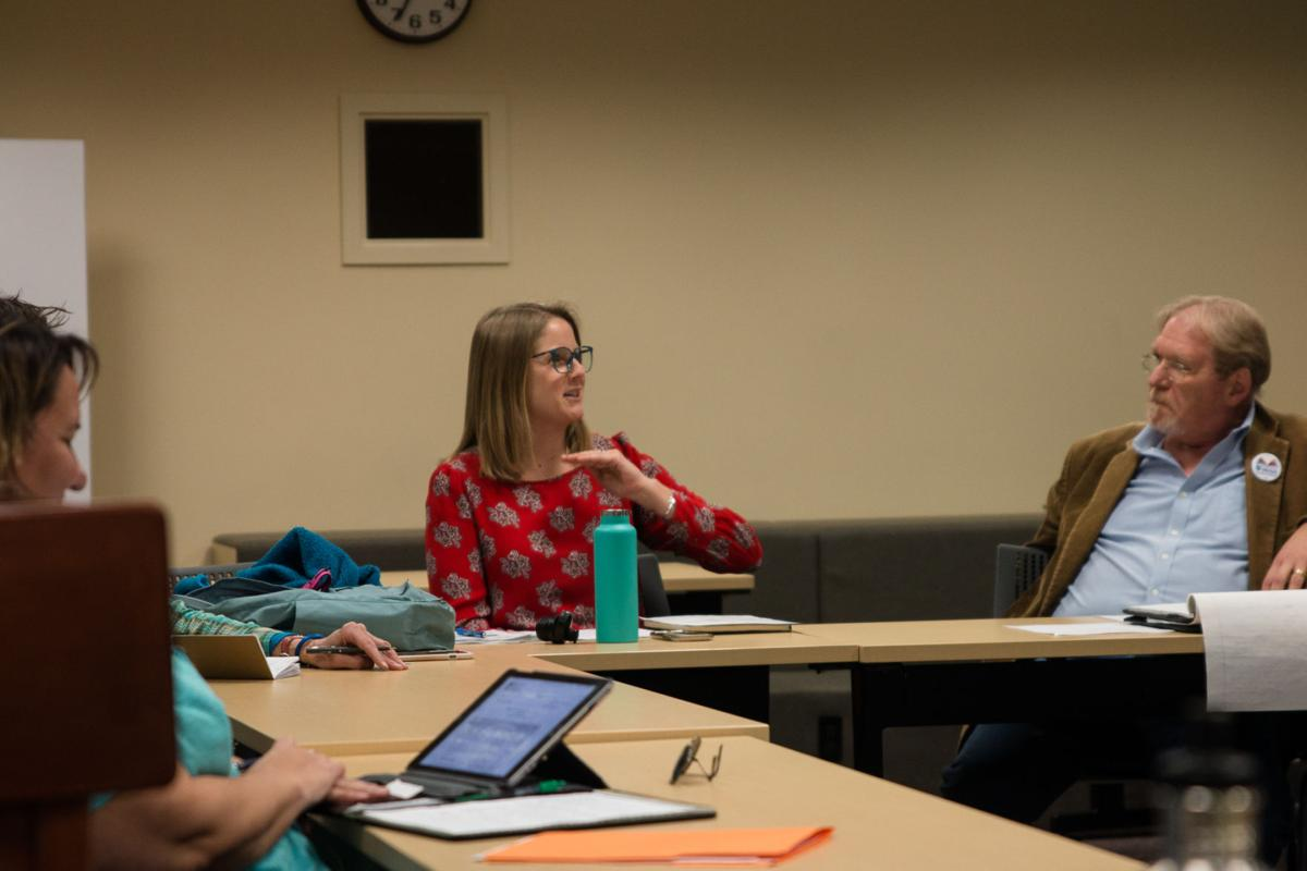 Faculty Senate Executive Committee examines faculty morale