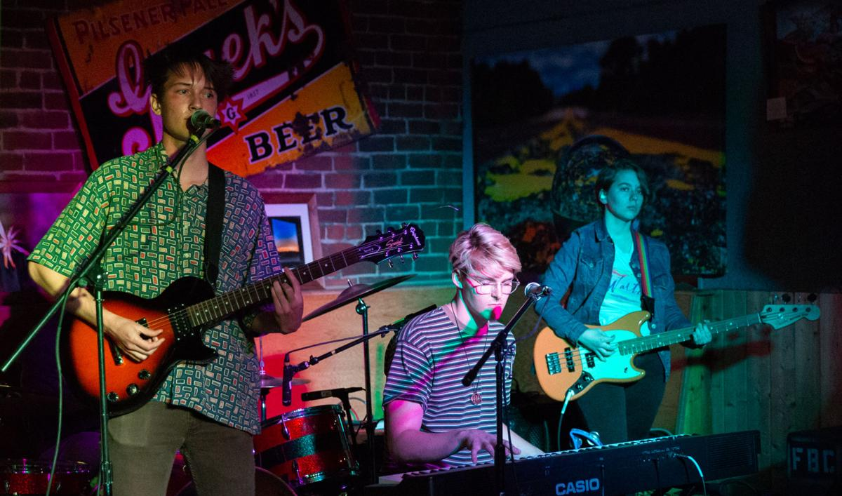 Student musicians team up to form Possum Pants