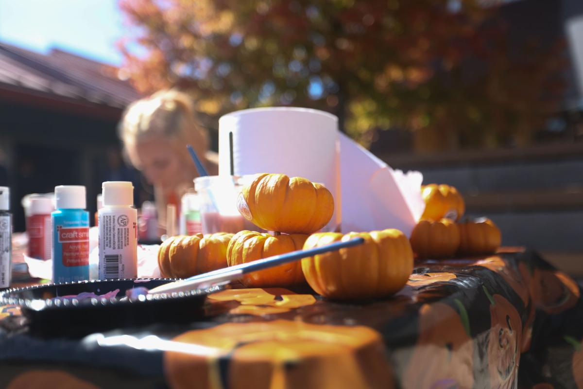 Spice it up with a pumpkin painting contest