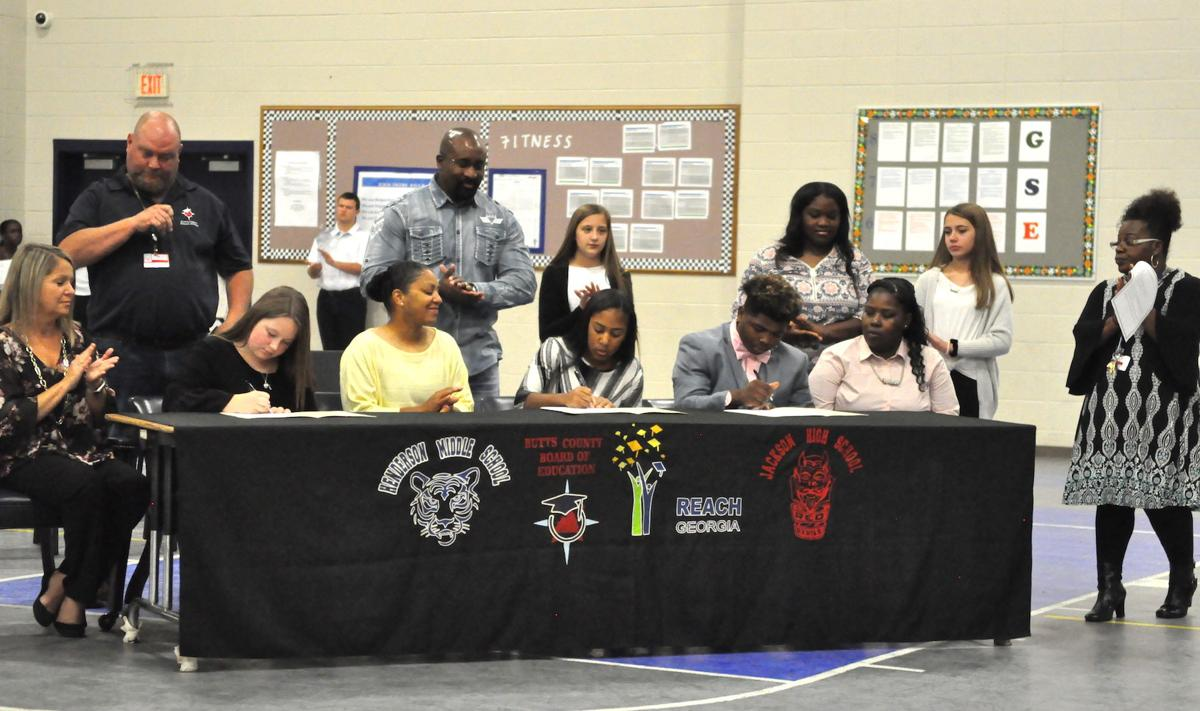 Henderson Middle adds 3 new REACH Georgia scholars