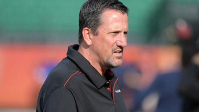Jets assistant Greg Knapp dies from bike accident injuries