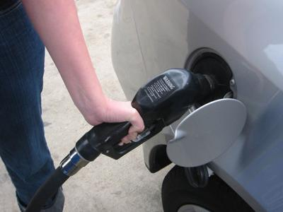 AAA: Gas prices slide on declining demand
