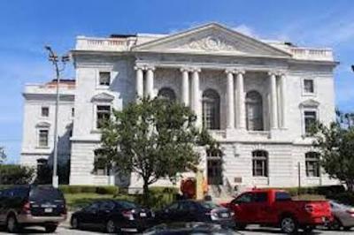 Macon Courthouse 1.jpeg