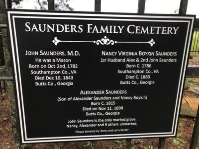 Saunders Plaque.jpg