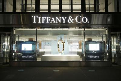 LVMH snags $400 million discount on Tiffany deal after legal spat