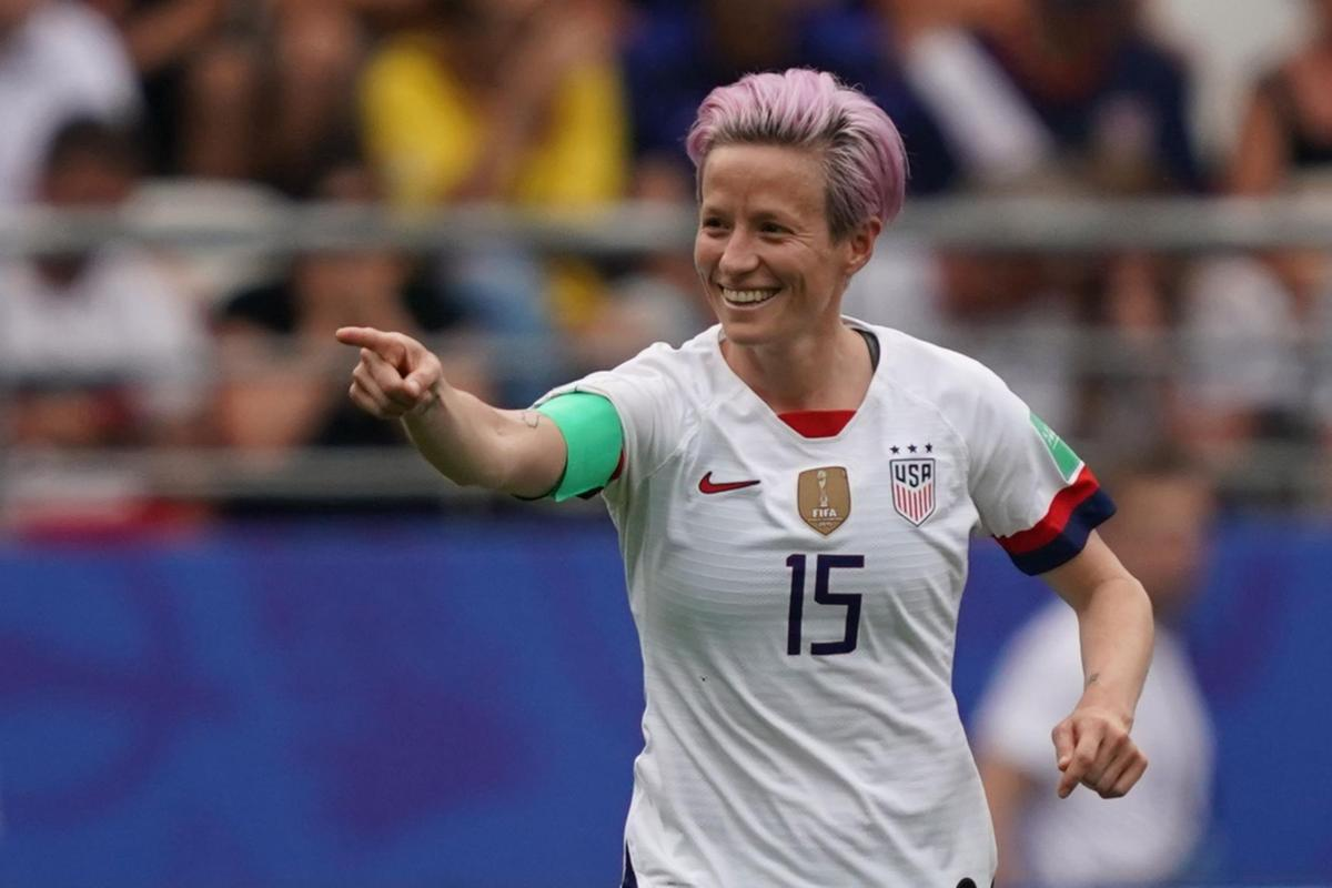 Trump Soccer Star Megan Rapinoe Should Win First Before Declining Wh Invitation Says He Will Invite Them Win Or Lose News Jacksonprogress Argus Com