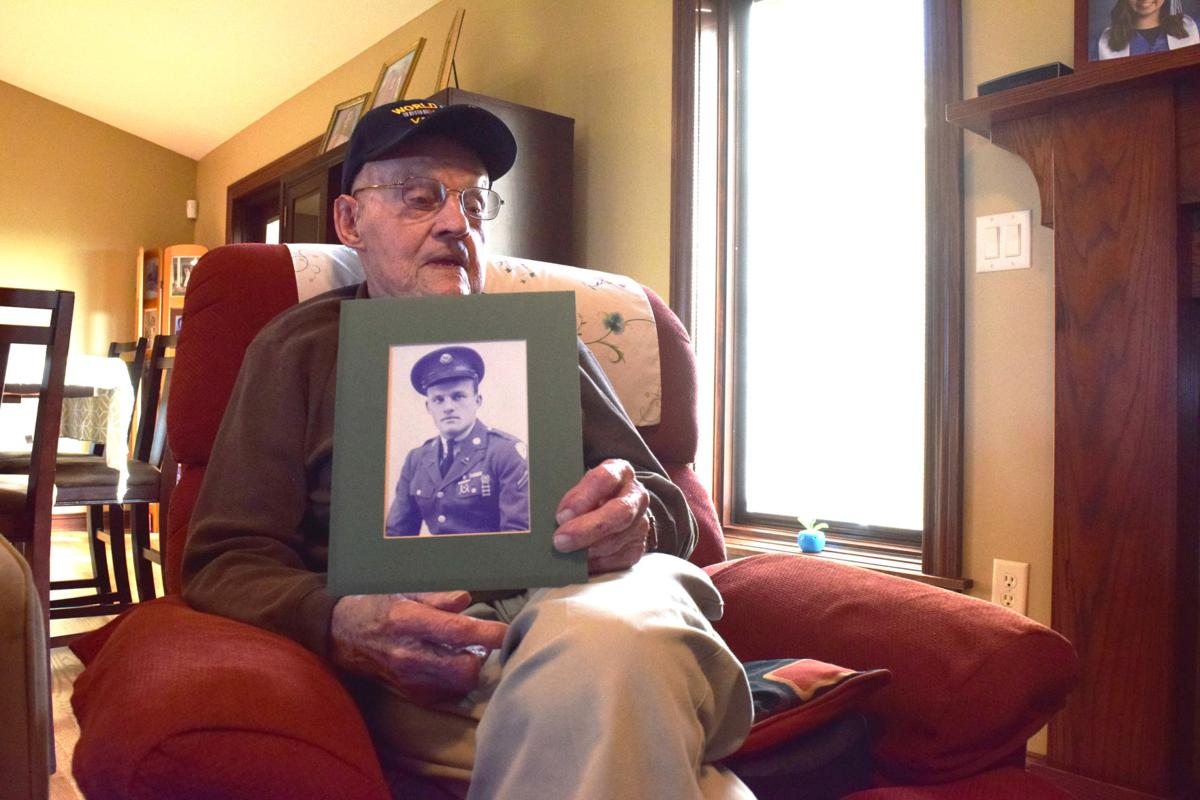 100-year-old Junction City resident discusses serving in World War II