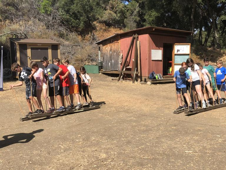 Pardes middle schoolers learn value of community, team-building