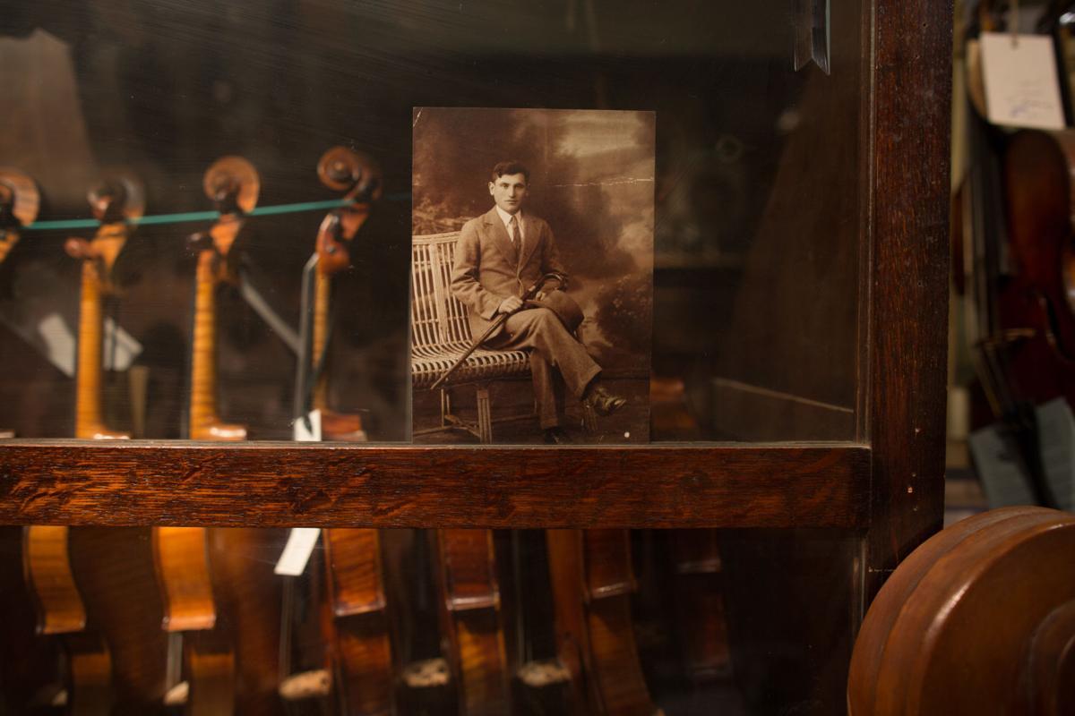 Violins, old photo.jpg