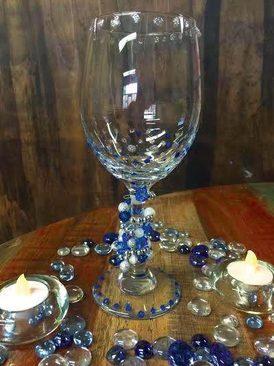 Wine glass sparkle