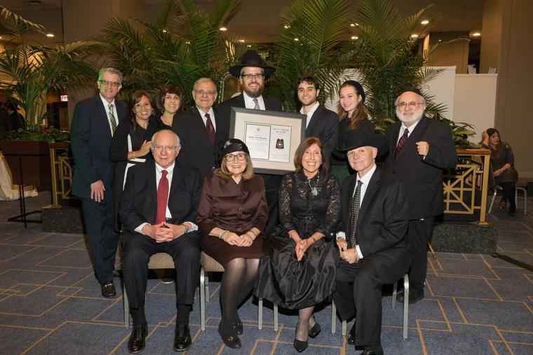 Rabbi Shoshan honored