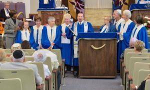 Volunteer Choir Honored