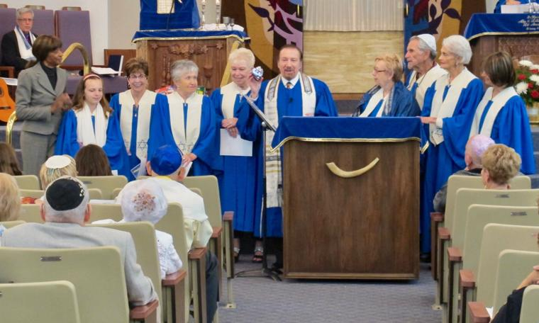 Volunteer Choir Honored