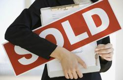 <p>Hiring a real estate agent to sell your home can avoid many headaches and surprises down the road.</p>