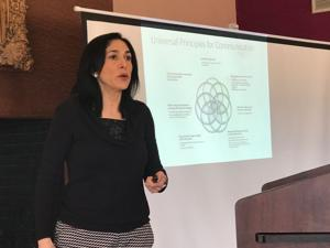 Valley residents get lesson in communicating with loved ones with dementia