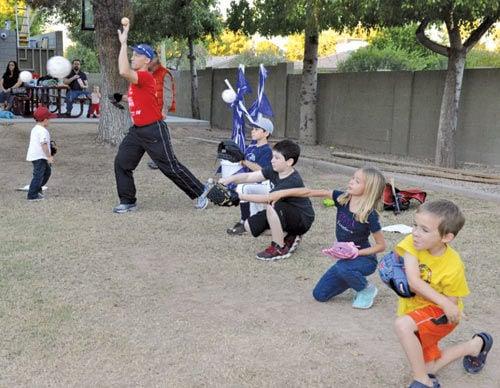 Rabbi leads a baseball clinic
