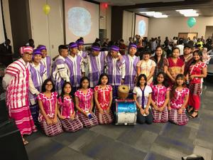 With Urdu poetry, Syrian sweets, Phoenix refugees share immigrant culture