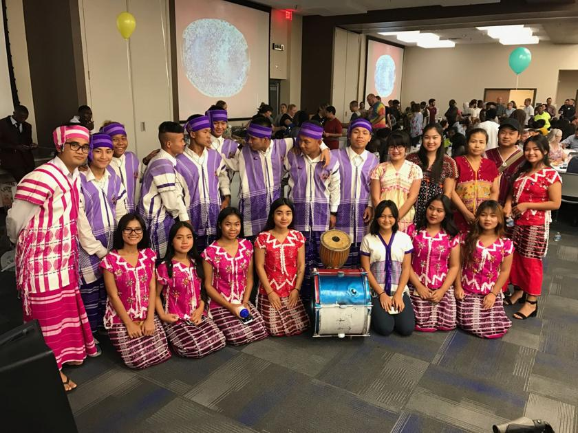 With Urdu poetry, Syrian sweets, Phoenix refugees share immigrant