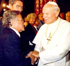 'Blessing' exhibit spurs interfaith dialogue