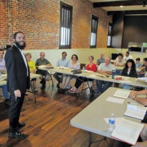 Rabbi Elie Filler leads a class