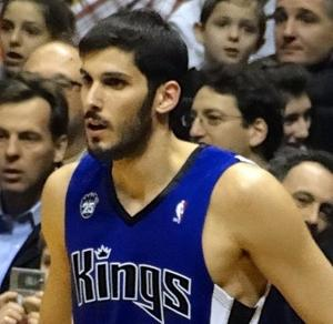 Israeli player Casspi signs with Golden State Warriors