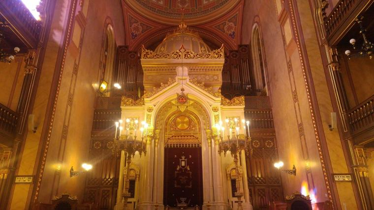 Budapest Organ