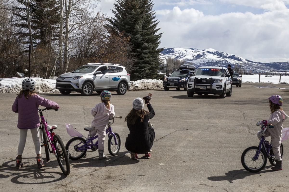 Munger Mountain Elementary School teacher parade