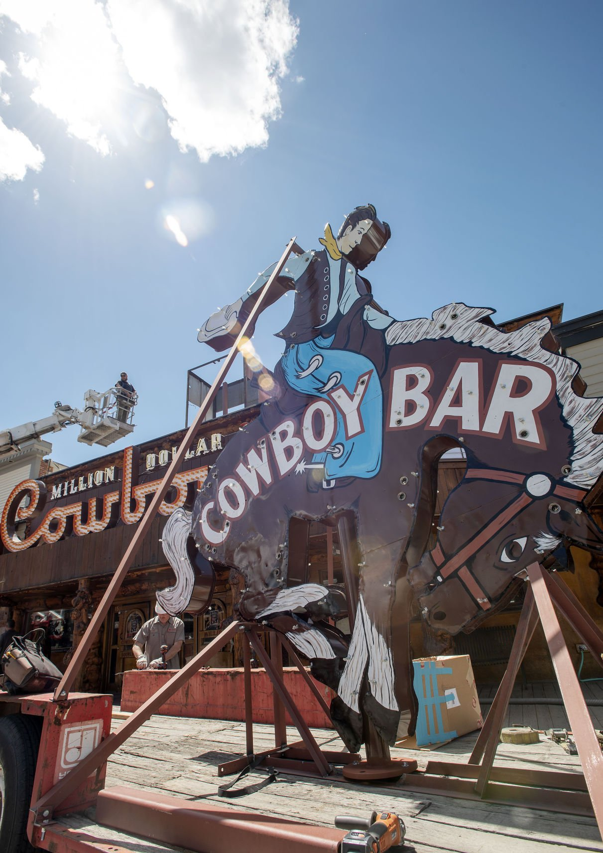 New era same Cowboy Bar New era