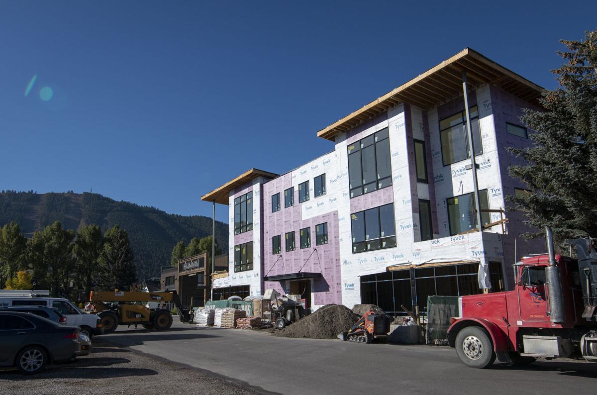 King Street Condominiums construction
