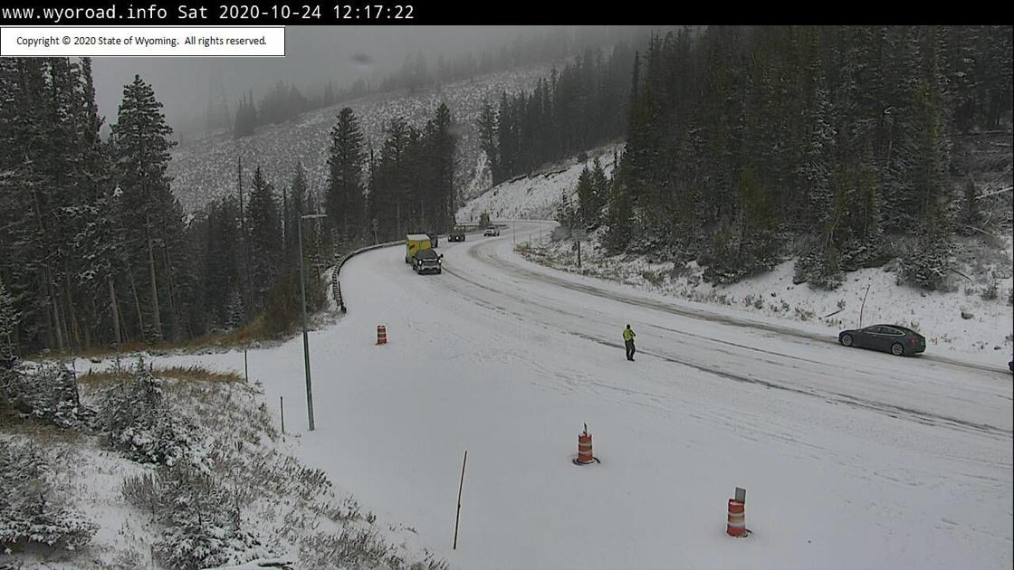 Teton Pass closed in both directions