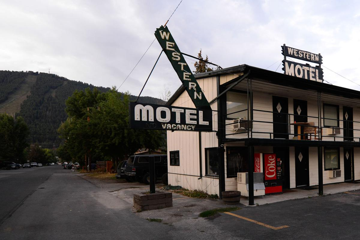 Vintage neon lodge signs need new place to hang | Features