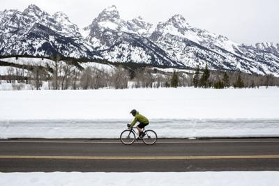 Teton Park Road open to non-motorized traffic