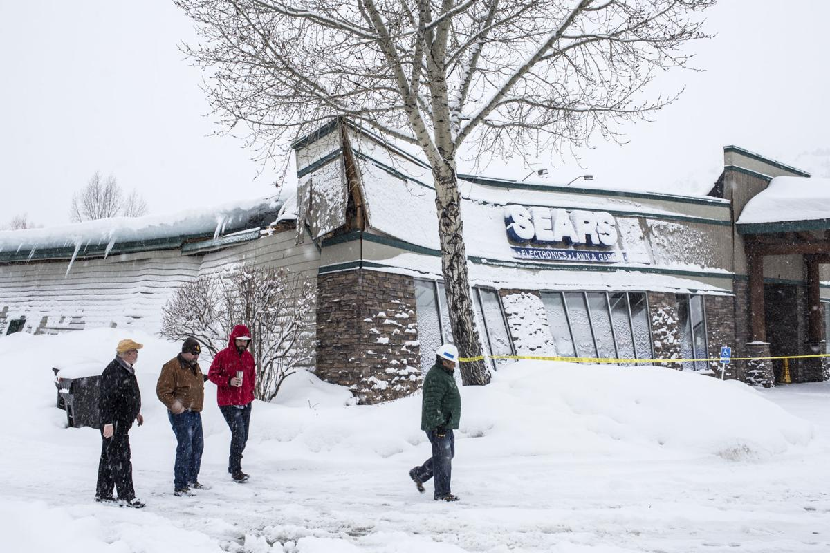 As Snow Piles Up The Load Hits Roofs Town Amp County
