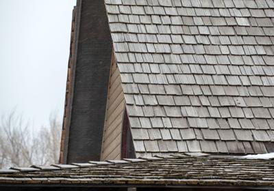Commissioners Ban shake shingle roof