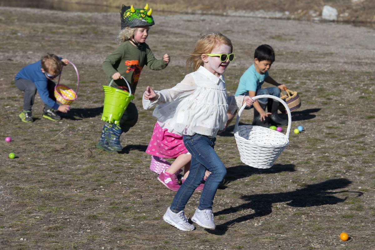 R Park Easter egg hunt