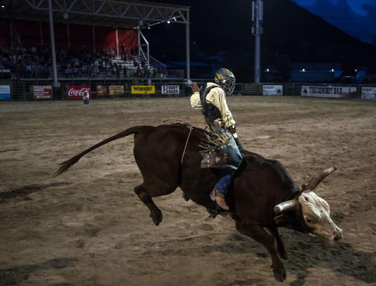 Traveling partners battle for bull riding title at Jackson