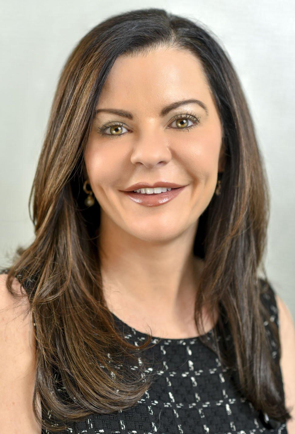 Dr. Laura Cooper