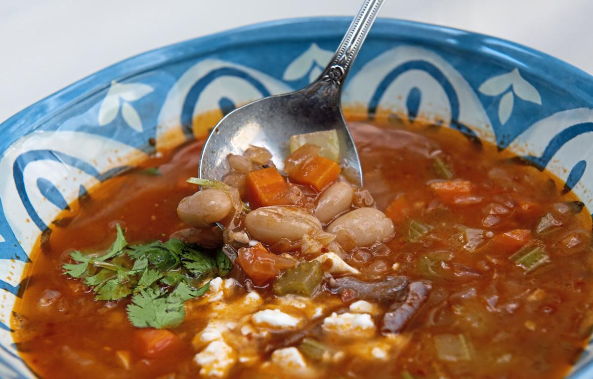 FOOD-WINTER-SOUPS-BEANS-1-PG