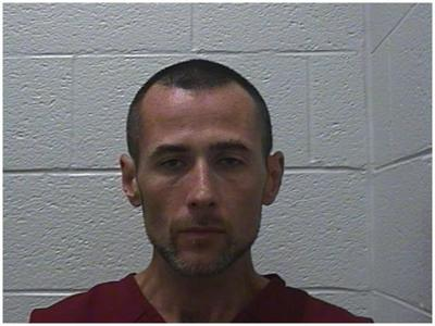 Unicoi County sheriff: Wanted man may now have gun, manhunt continues