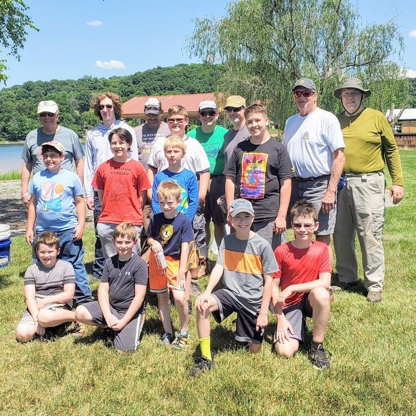 Troop 37 and Pack 37 participate in Summer of Service
