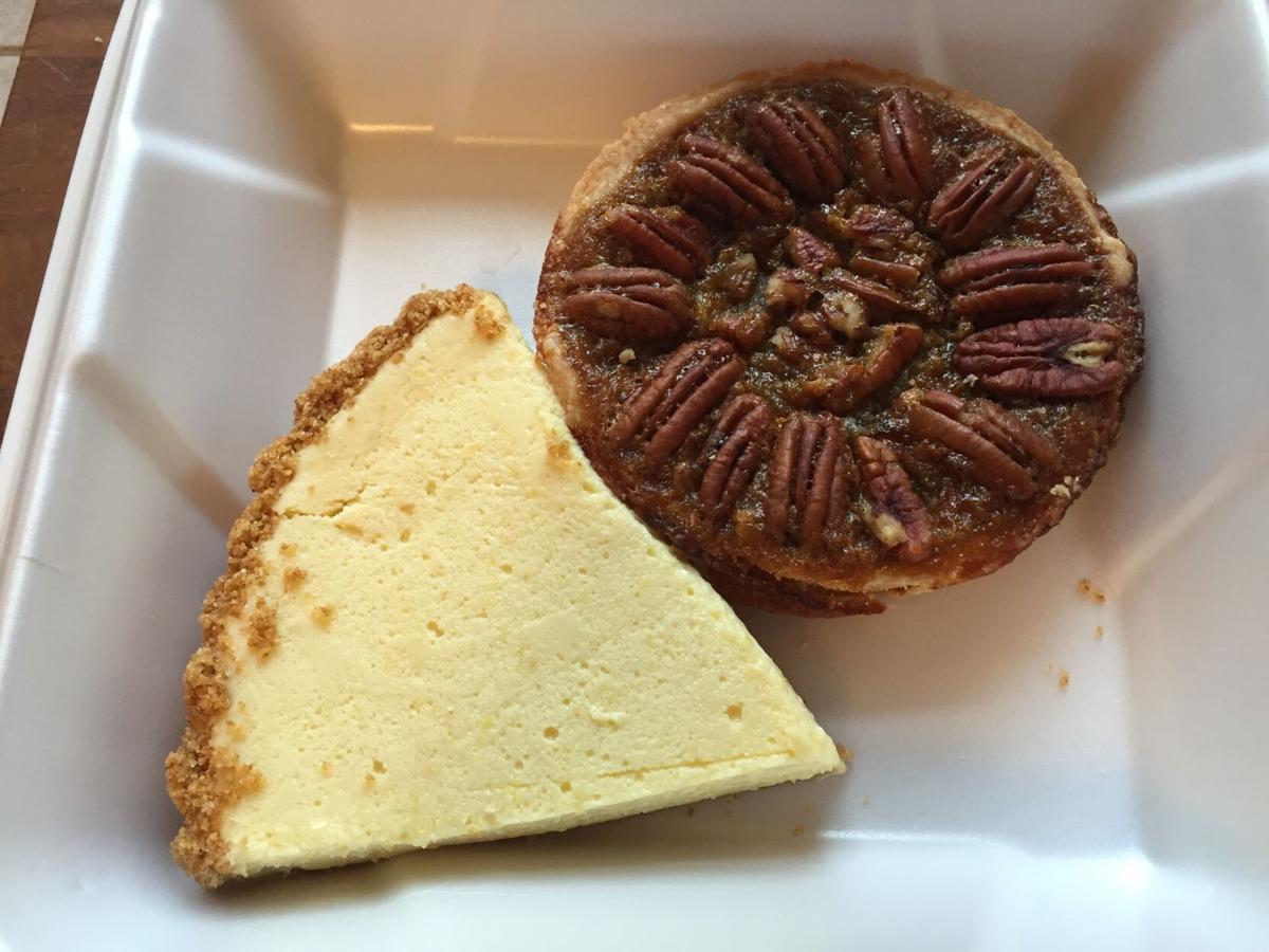 Everyone's Pizza - lemon tart & pecan tart.JPG